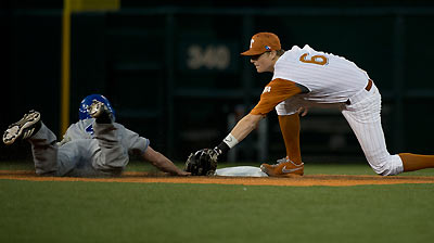 Texas infielder Weiss has big league bloodlines