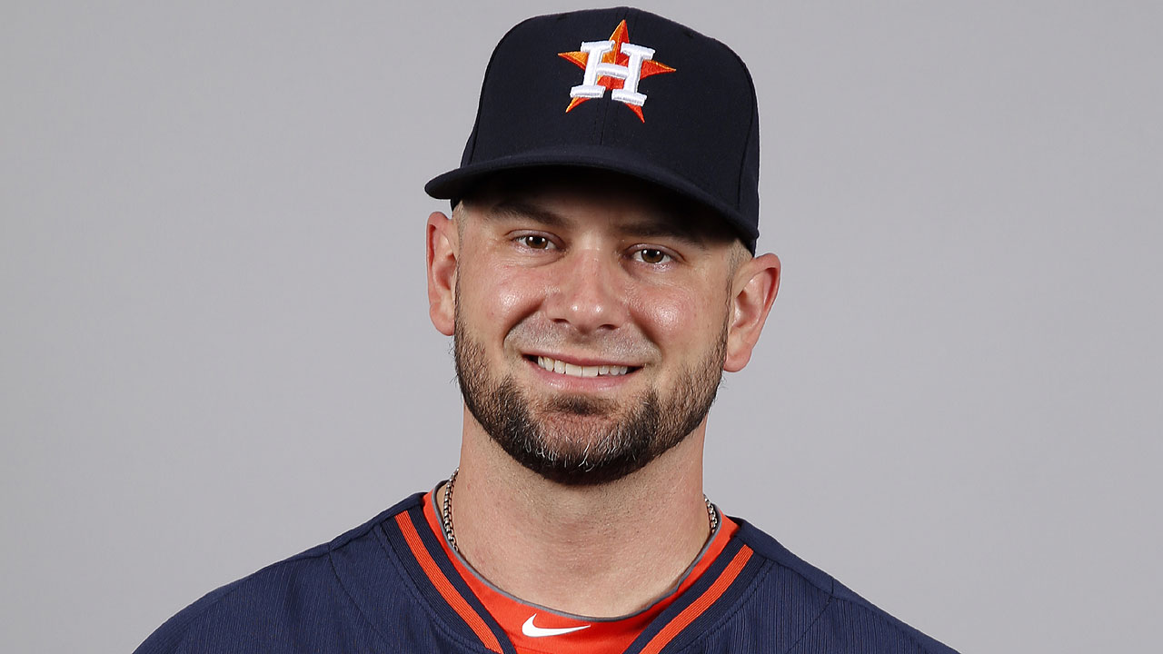 Crain 'grinding away' to contribute to Astros