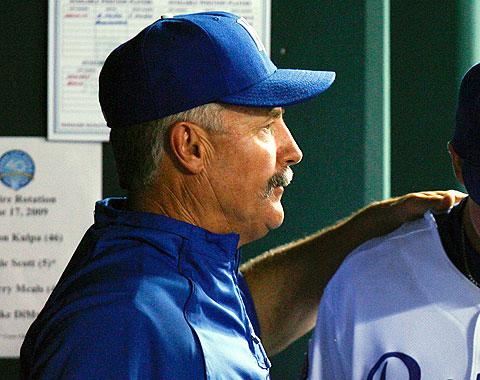 Bob McClure es el nuevo coach de pitcheo de Filis
