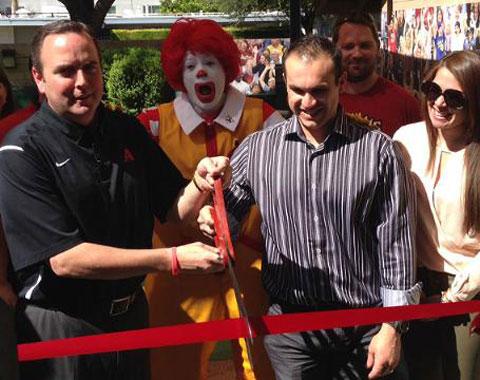 Montero inaugura parque de Casa Ronald McDonald