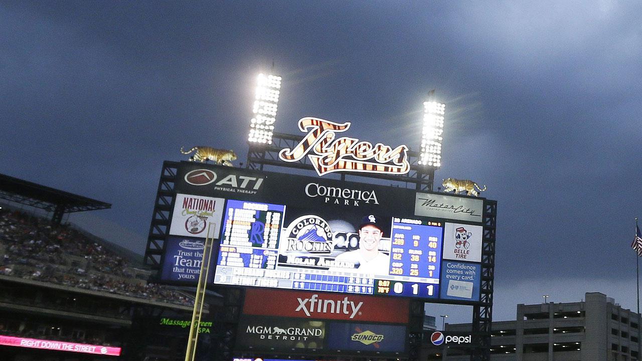Detroit set vs. Bucs on schedule despite flood