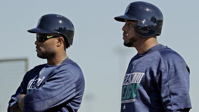 Robinson Cano and Nelson Cruz are among the 11 Mariners who will participate in the 2017 World Baseball Classic. (AP)