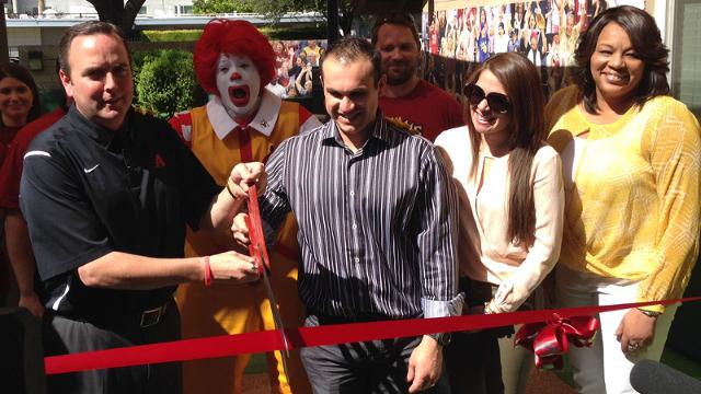 D-backs pitch in for Ronald McDonald House
