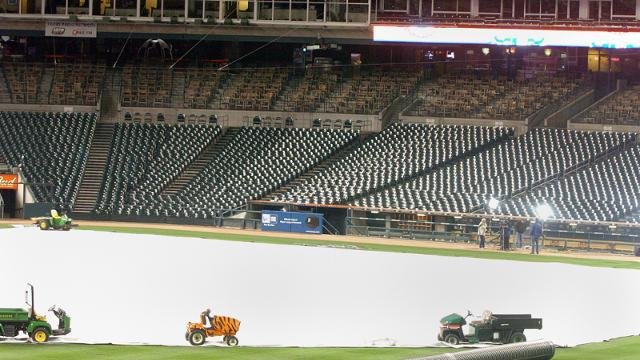 Weather causes Indians-Tigers game to be postponed