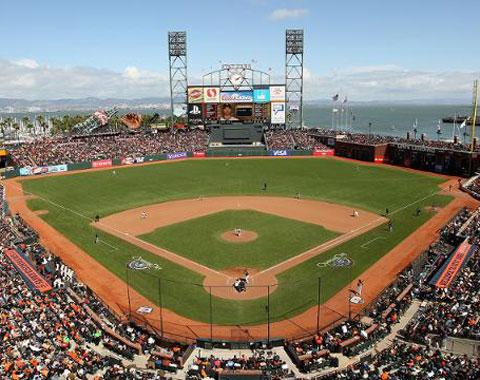 Los Atléticos jugarían en el AT&T Park en el 2014