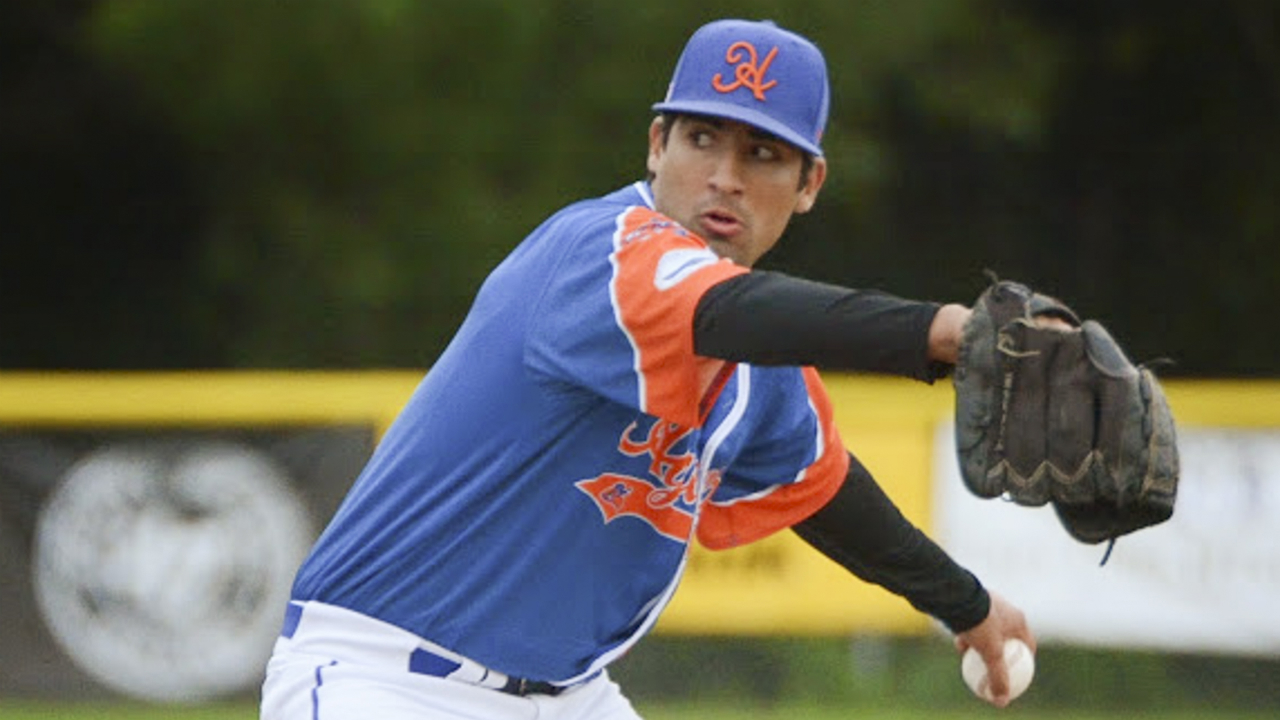 Is ambidextrous Perez baseball's future?