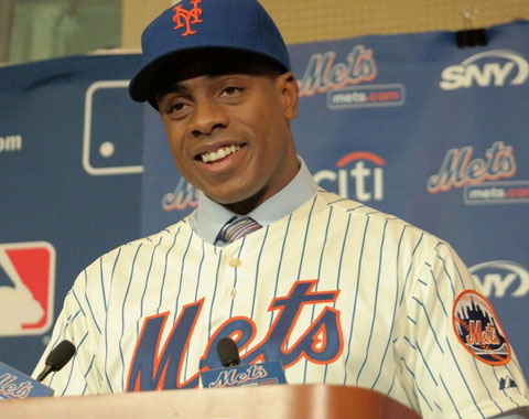 Mets presentaron a su nuevo OF Curtis Granderson