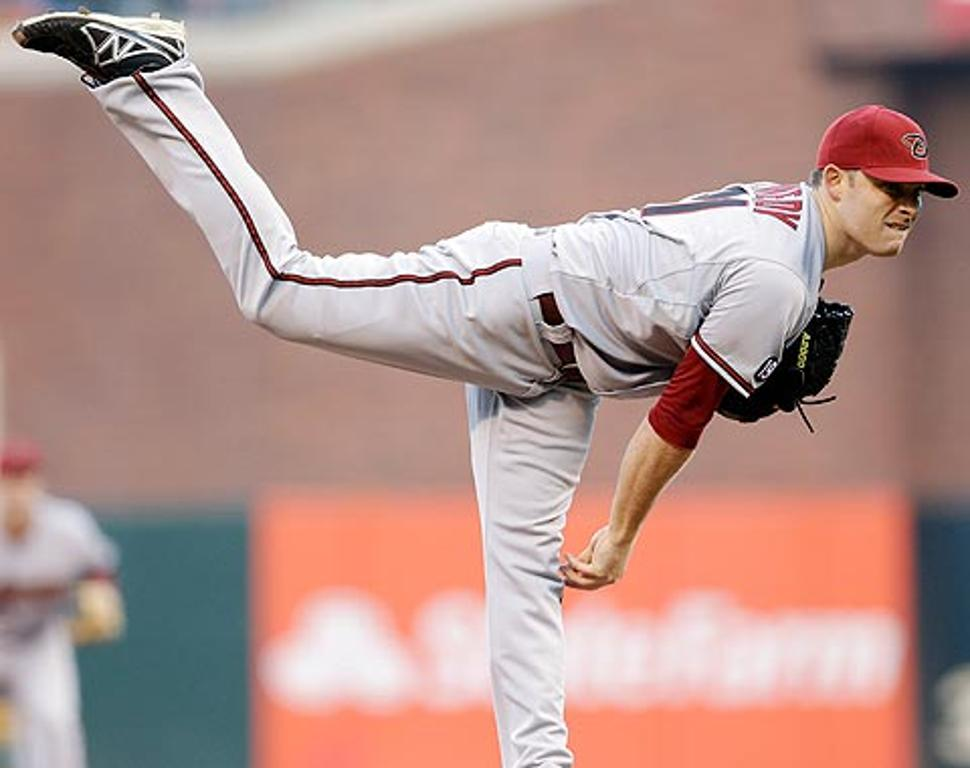 Ian Kennedy pasa de Diamondbacks a Padres