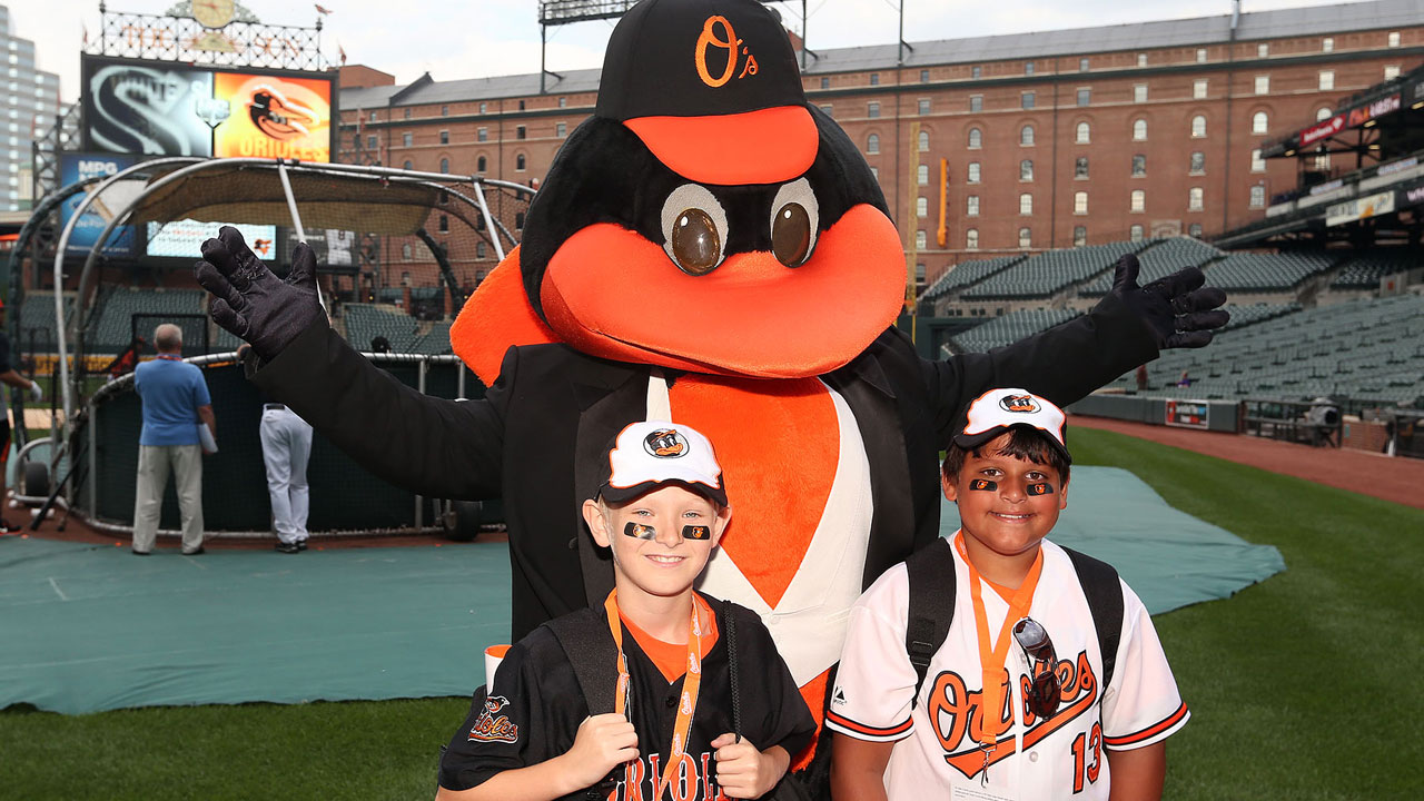 O's deliver memorable night for young fan