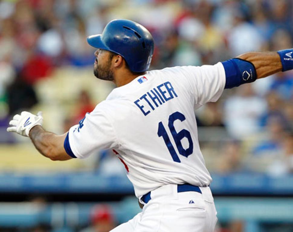 Ethier aún no está listo para volver con los Dodgers