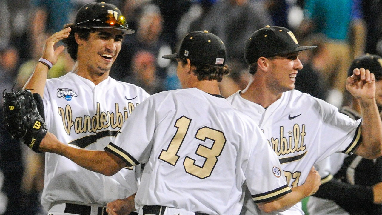 Vanderbilt keeps rolling, tops UC Irvine at CWS