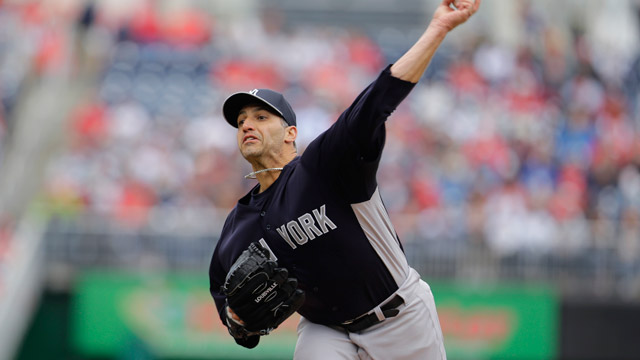 Pettitte works six strong in final spring start