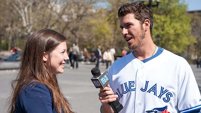Arencibia brings All-Star hopes to Fan Cave visit