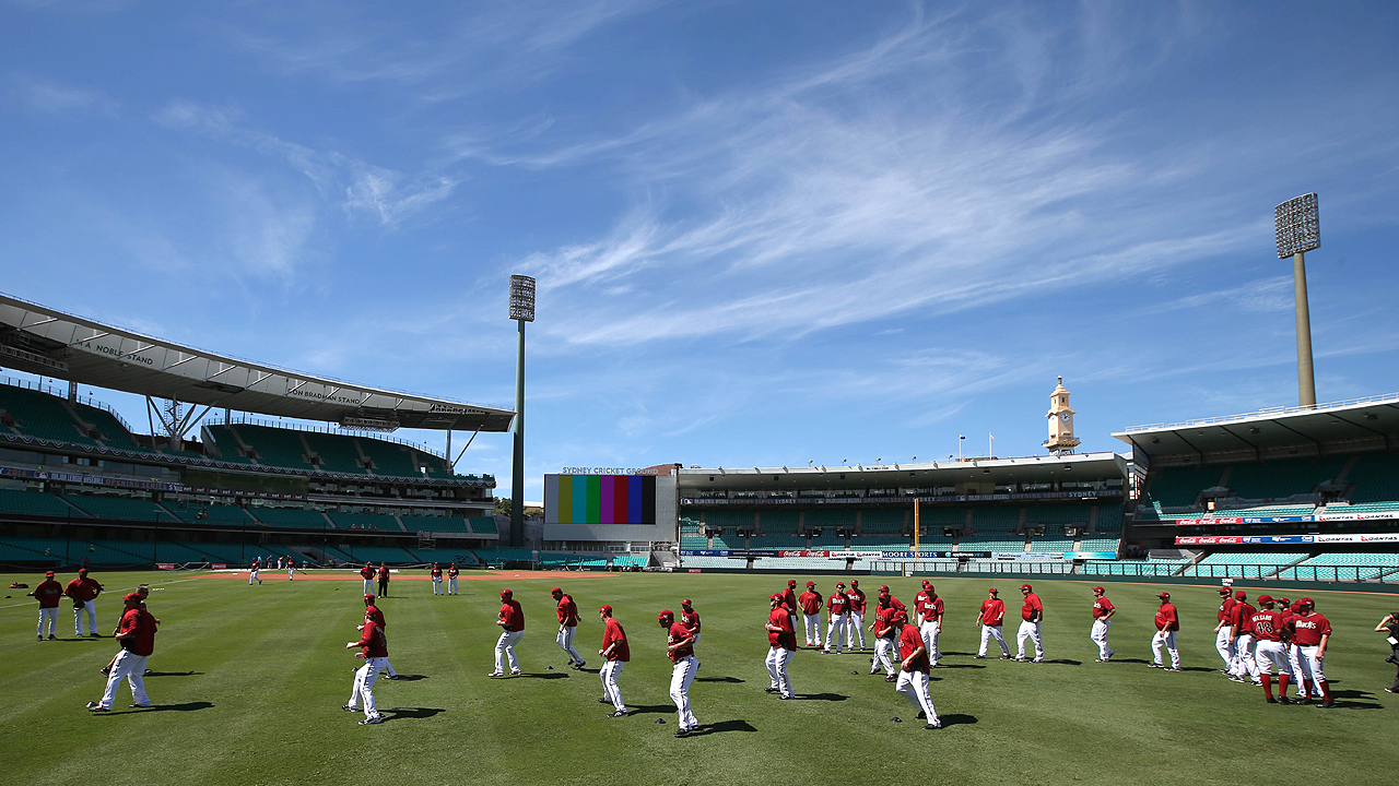 Sydney Cricket Ground welcomes America's pastime