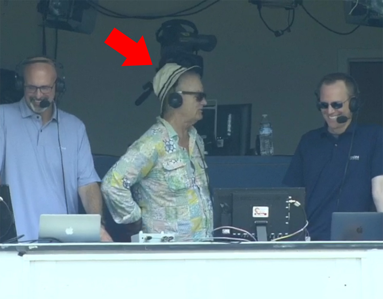 Best Moments From Bill Murrays Visit To Braves And Cubs Booth Mlb