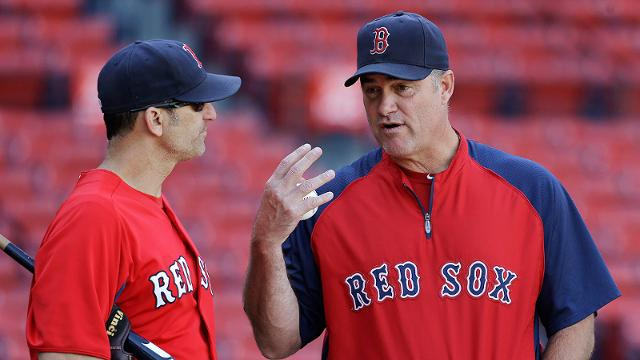 Farrell endorses Lovullo as managerial candidate
