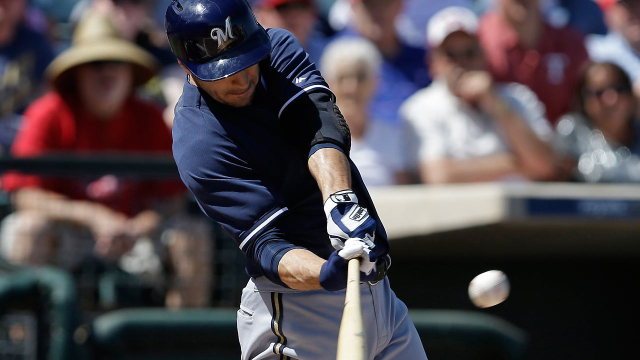 Errors derail Gallardo, Brew Crew in loss to Rangers
