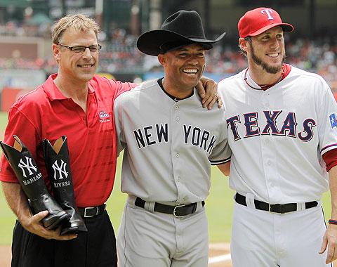 Rangers honran a Mariano con botas vaqueras