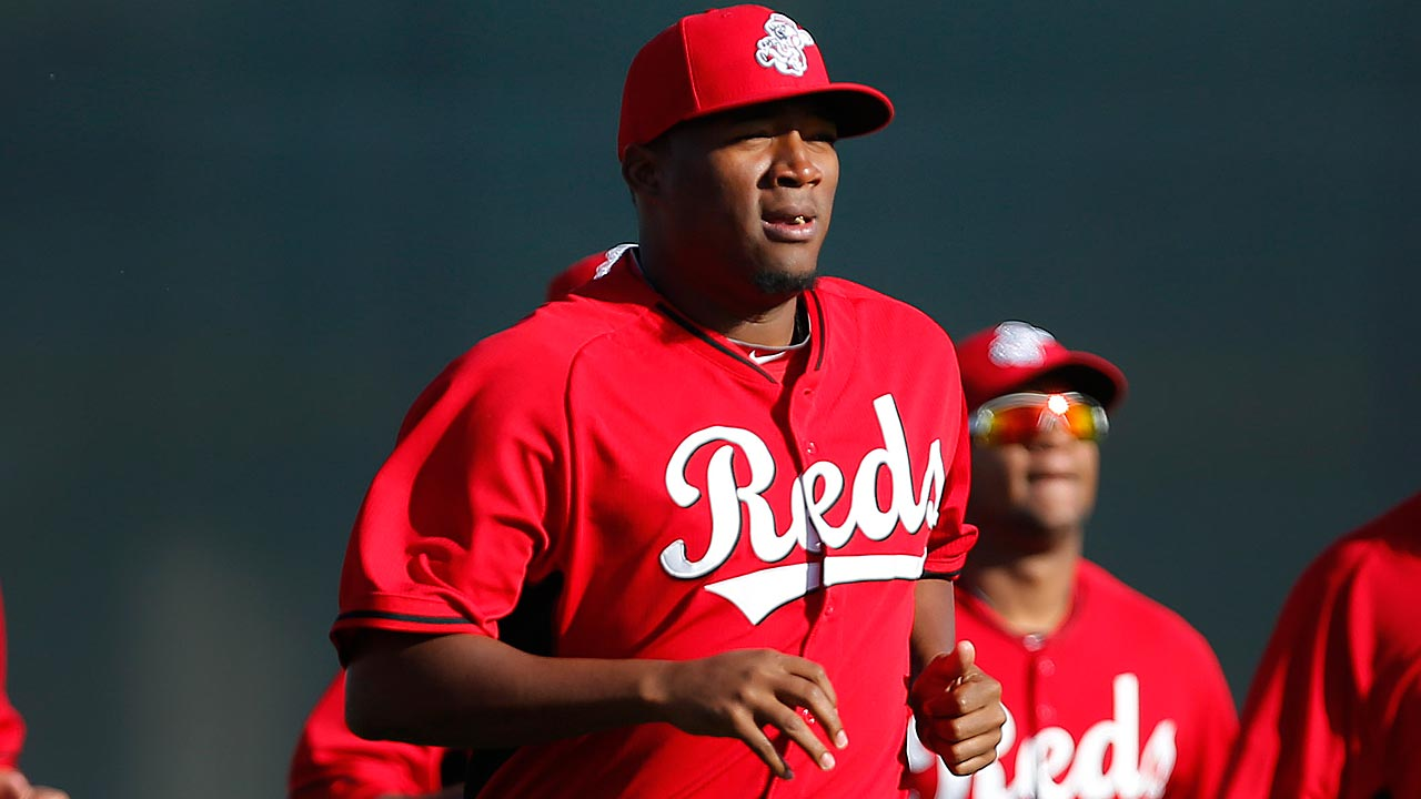 Slimmer Diaz getting attention in Reds camp