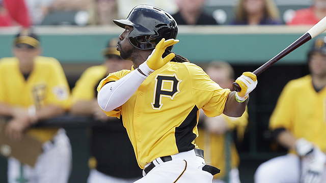 McCutchen, both Sanchezes go deep to sink Twins