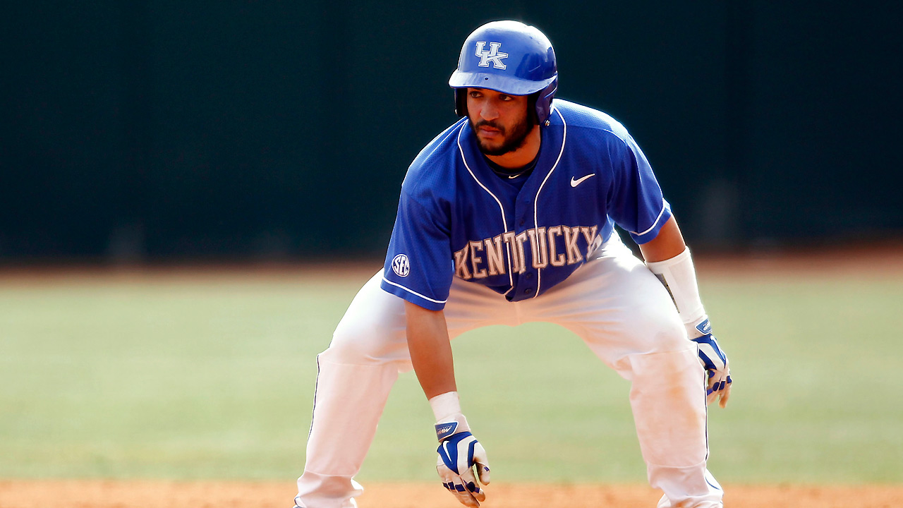 Kentucky catcher Thomas sees parallels to quarterback