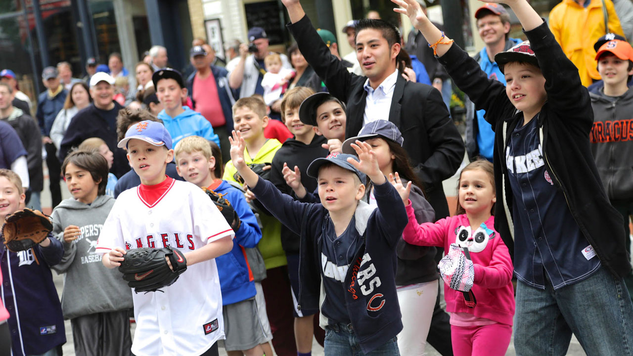 HOF Classic fans support players past and present