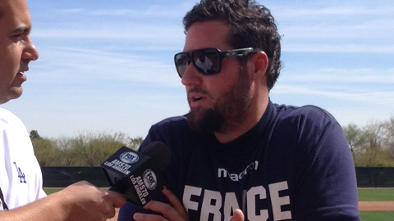 'Manager' Gagne back in Dodgers camp