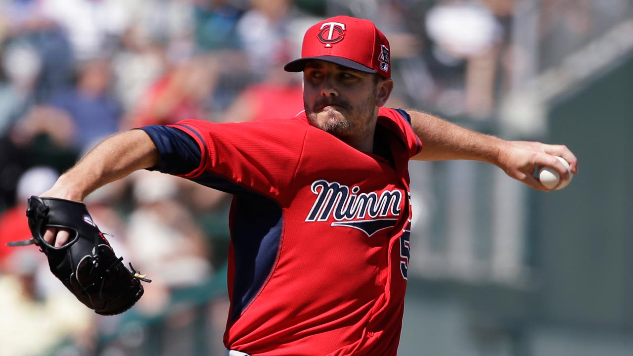 Twins place Duensing on paternity list