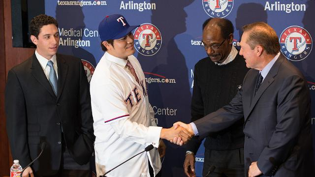 Rangers introduce prized free agent Choo