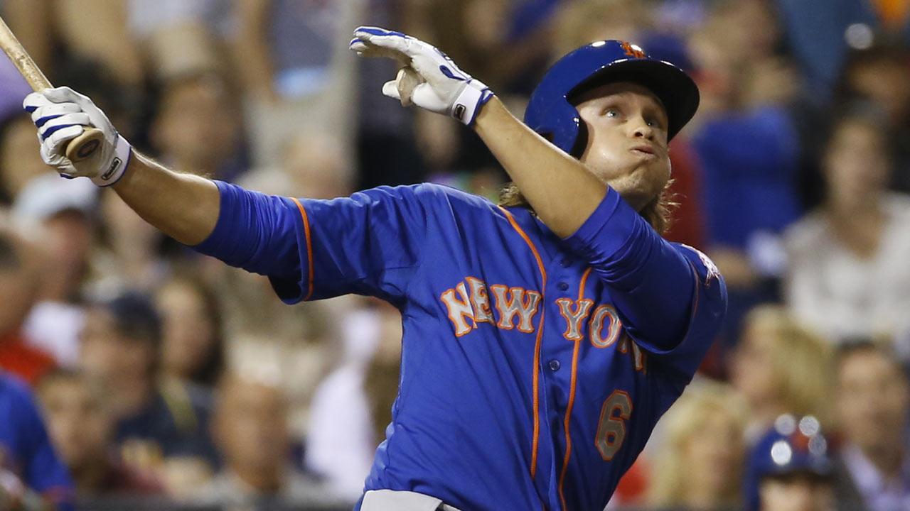 Mets option den Dekker to bring in a pitcher