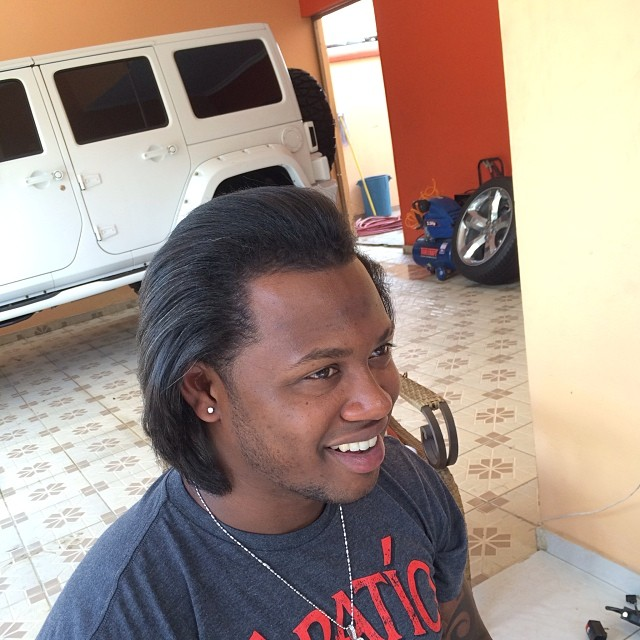 Hanley, hair