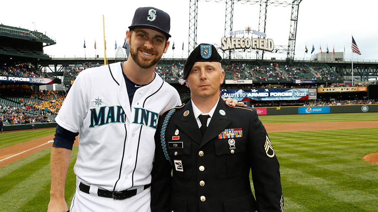 Mariners salute to Armed Forces Night