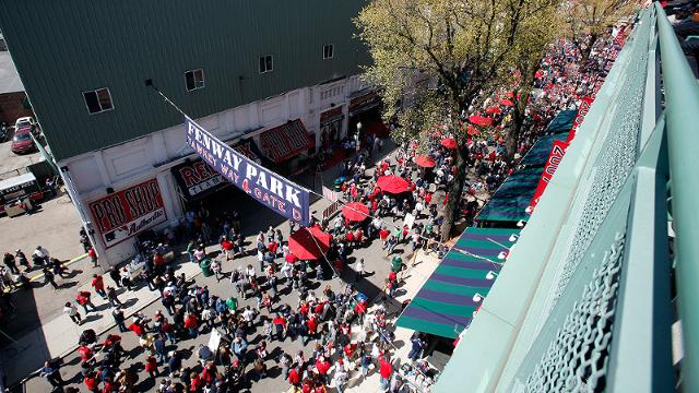 Red Sox, city reach deal on Yawkey Way use
