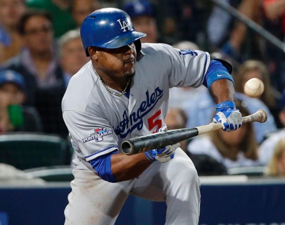 Los Dodgers hacen oficial la firma de Juan Uribe