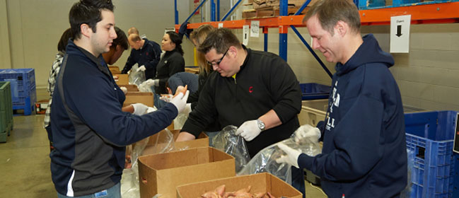 Indians Front Office volunteers at local Food Bank