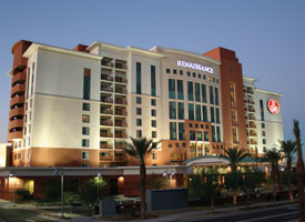 Stay at the Renaissance Hotel in sunny Glendale Arizona while enjoying fantasy camp