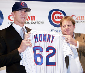 Bob Howry Signs with the Chicago Cubs to the delight of Jim Hendry
