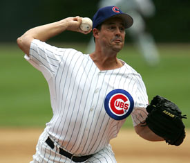Greg Maddux heads to the Dodgers with 327 career victories.