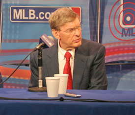 Commissioner Bud Selig answers questions during a live chat on Tuesday.