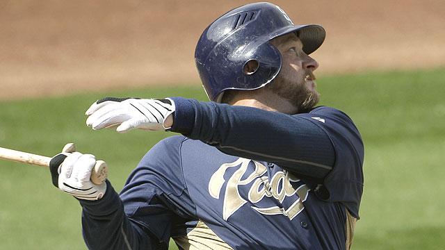 Veteran catcher Zaun opts for retirement