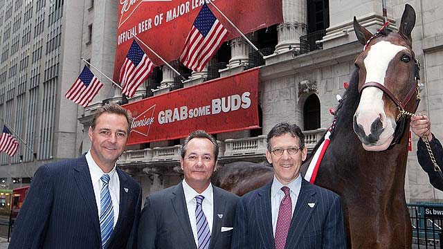 Leiter rings opening bell at NY Stock Exchange