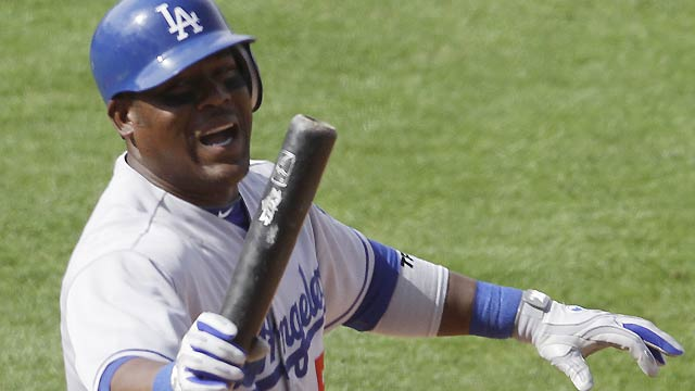 Uribe out of Dodgers' lineup with arm injury