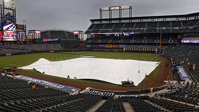 Mother Nature postpones finale with D-backs