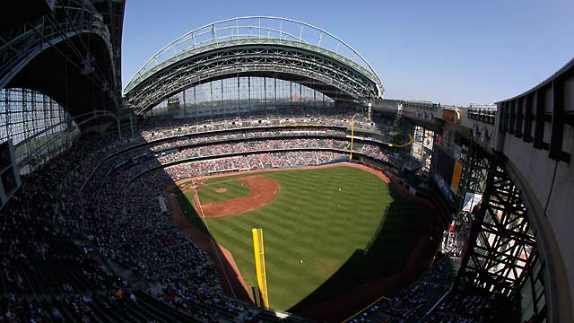 Brewers hire Scott as full-time groundskeeper