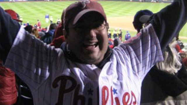 Phillies fan connects other fans with his site