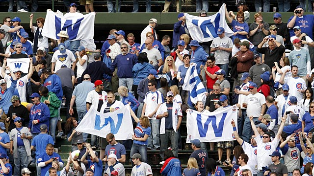 Cubs reach out to fans through social media