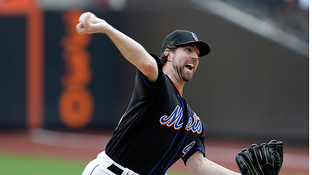 Dickey leaves early, but hopeful for next start