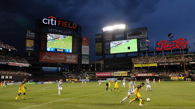 Soccer match wows crowd at Citi Field