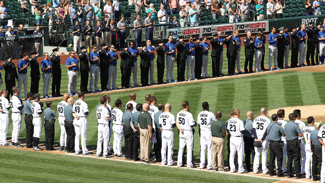 Royals players pause to remember 9/11