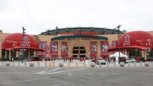 Angels welcome Royals for 2012 opener